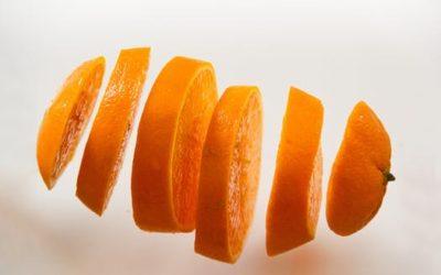 Cómo aprovechar y reutilizar la cáscara de naranja de tus zumos naturales